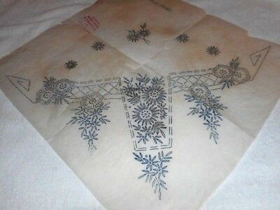 Vintage Embroidery Iron on Transfer-B & T No. 14093 - Flowers