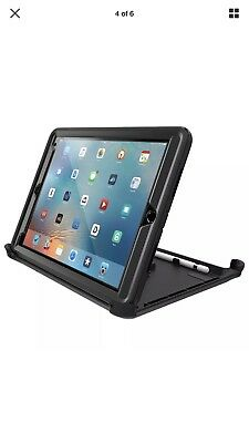 "OtterBox Defender Series Case for iPad Pro (9.7"" Version), Black  A4 New Out Box"