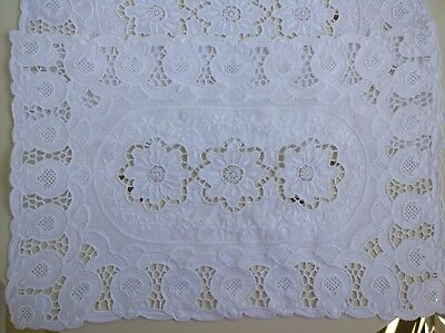 2x Embroidered Linen Placemats Made in Italy Elegant All White New Vintage VGC