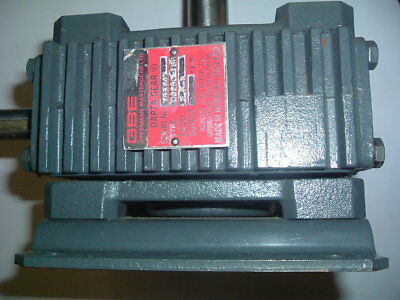 Opperman Gbe Gearbox  Right Angle 7.5-1  Foot Mount 30.0Mm-19Mm New Not Packed