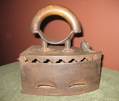 Antique Vintage Cast Iron SAD Coal Clothes Press RARE Face Latch Wood Handle