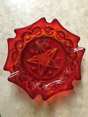 Vintage Red Glass Ashtray with 5-Point Star in The Center - EXCELLENT CONDITION