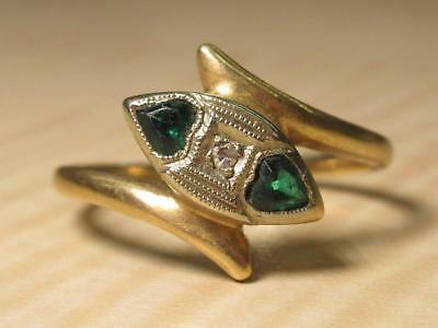 Vintage Dainty Art Deco Style Jewelry Ring 6 US Green Stone Hearts White Center