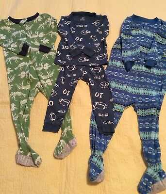 Lot Of 3 Baby Boys Carters Pajama Sets Size 24 Months