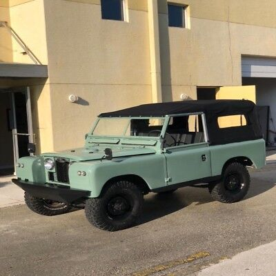1965 88 Series 2 2door 1965 Land Rover Seiries 11 Conv 35,000 Miles Green Conv  5 speed