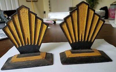 Antique Pair Of Hubley Art Deco Cast Iron Bookends, Geometric Style, #589
