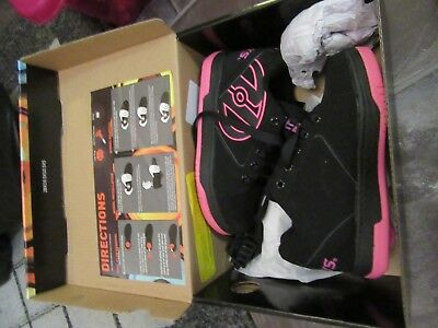 Brand New HEELYS Black & Pink Children's Skate Trainers Size 12