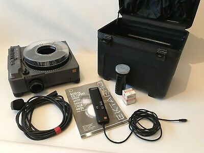 Kodak Ektapro 5020 Slide Carousel Projector With Remote and Flight Case.