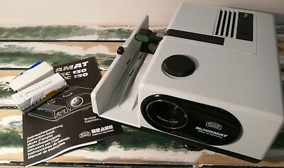 Braun Novamat E150 compact autofocus slide projector with remote control & bulbs