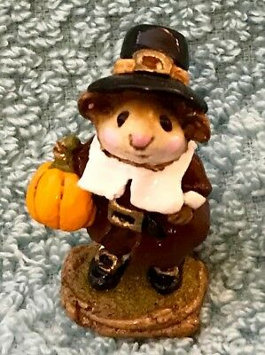 "Wee Forest Folk Retired Limited Edition Thanksgiving, ""Peter's Pumpkin""  M-118"