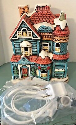 Lefton Colonial Village #06337 Lighted House Of Blue Gables 1987 Christmas