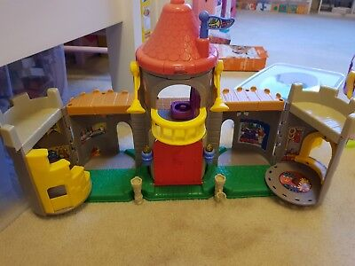 Little people fisher price Castle