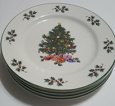Set of four Gibson Christmas Tree and Holly Dinner Plates 10 inches