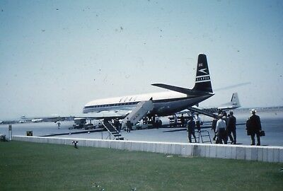 35mm SLIDE : AERONAUTICAL : B.O.A.C. PLANE ON GROUND IN MIDDLE EAST 1960's