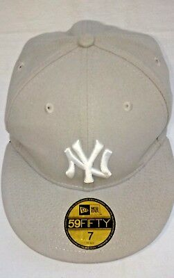 New Era 59Fifty New York NY Yankees Game Fitted Hat (Gray) MLB Cap Sz 7