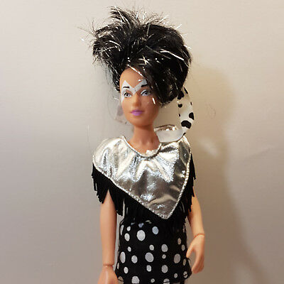 Vintage Jem and the Holograms Jetta Misfits Doll With Outfit 1985 Hasbro VGC