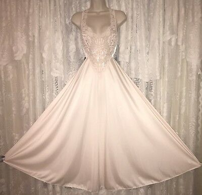VTG RARE BLUSH Pink OLGA Full Swp Nightgown Negligee Gown Lace Bodice M L 92180