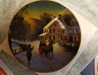 """1988 AVON Christmas Plate """"Home for the Holidays"""" Porcelain, Trimmed in 22k gold"""