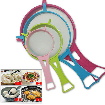 4Pcs Mini Small Plastic Mesh Scoop Strainer Food Sieve Kitchen Basket 6A