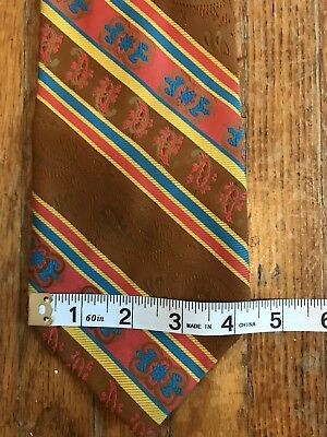 (AA13) Vtg 70s Wide Brown Polyester Red Gold Blue Diagonal Stripe Wembley Tie