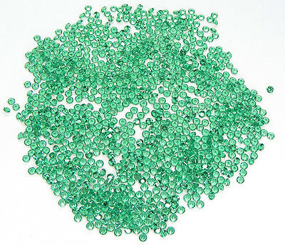 100 Pcs. Machine Cut 1,4 Mm. Emeraude Nanocristal Laboratoire