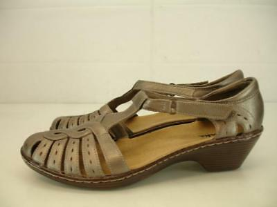 51a3aee3ecaa Womens 7 M Clarks Wendy Alto Bronze Leather T-Strap Sandals Shoes Pump Low  Heels