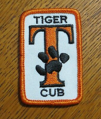 """BSA Boy Scouts of America Cub Scout TIGER CUB """"T"""" with Paw Patch"""