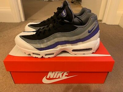 909ff7a3a66a2 NIKE AIR MAX 95 ESSENTIAL WHITE PERSIAN VIOLET COOL GREY UK Size 8 ...