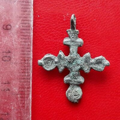 Ancient Viking age bronze cross pendant of 8-10 ct AD