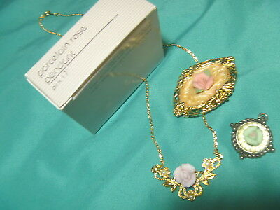 Porcelain Rose Pendant Avon 1987 Raised Flowers Pink And Green Pins Lot 3
