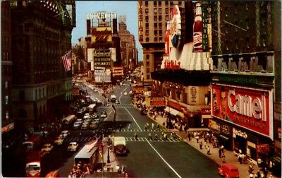 """Postcard New York Times Square """"Crossroads of the World"""" People Old Cars E-15o"""