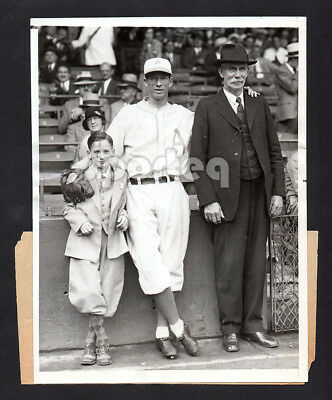 MVP HURLER!! Fabulous 1931 Athletics LEFTY GROVE & Family Vintage Original Image