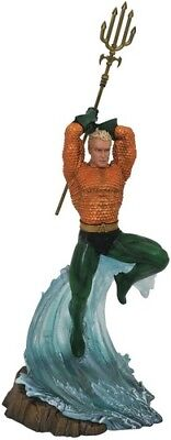 DC Gallery Aquaman Comic PVC Statue [New Misc] Statue, Collectible