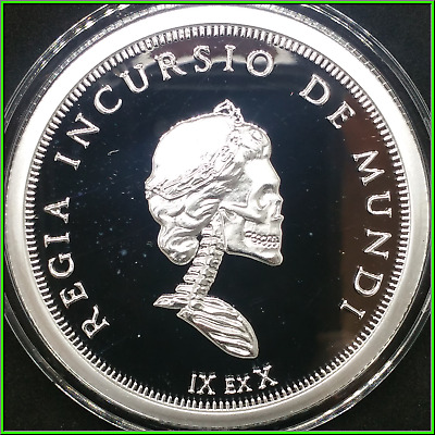 2018 5 oz Proof Royal Invader 6 Slave Queens Silver Shield Group In Hand