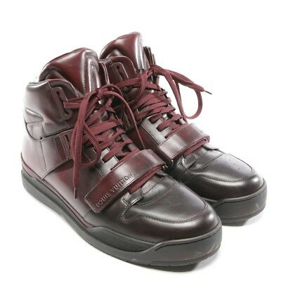 c588917eaaef Louis Vuitton Baskets Taille D 42 8 UK Rouge Chaussures Hommes Plates Neuf