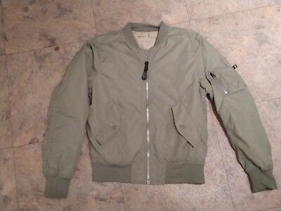 Alpha Industries Size M Flyer's Bomber Reversible Jacket - Soft Khaki and Green