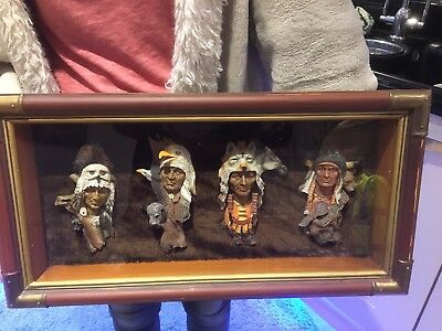 NORTH AMERICAN INDIANS  Chief - Antique ? Display Case 4 Chief Heads