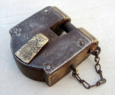 Vintage Rare Old Solid Iron Brass Great Co. Marked Unique Shackle Iron Pad lock
