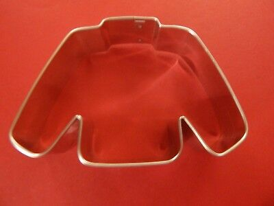 Ann Clark  2 3/4 x 4 Ugly Christmas Sweater Cookie Cutter  Tin Plated Steel USA
