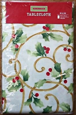 "NWT HOLIDAY HOME CHRISTMAS Tablecloth Cream / Holly Berries & Leaves ~ 84"" x 60"""