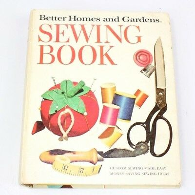 Better Homes and Gardens Sewing Book Binder Tab Pictures Vintage 1970s or 1960s