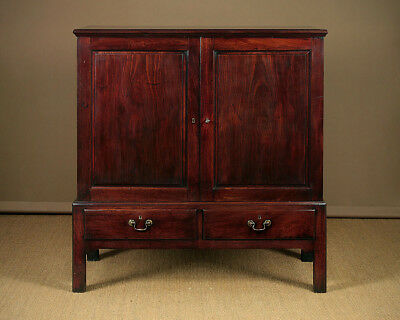 Antique Georgian Mahogany Linen Press c.1790.