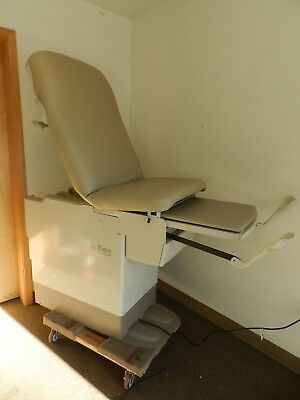 Midmark 222 Exam Table with New Upholstery and Backrest Shock