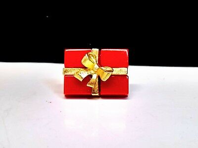 Red & Gold Christmas Present Pin