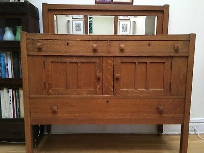 Antique Arts and Crafts Mission Style 1/4-Sawn Oak Sideboard/Buffet