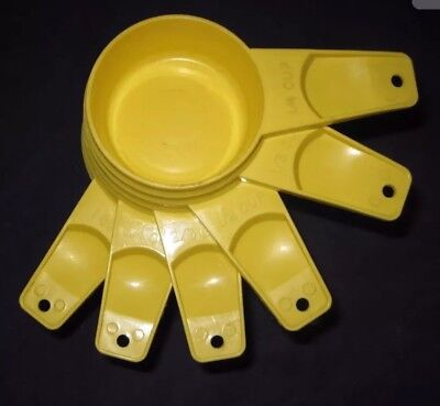 Tupperware Measuring Cups Set Custard New