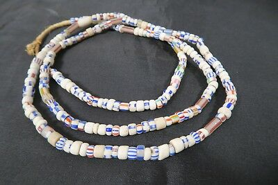 Alte Glasperlen 03 Old Venetian white Striped trade beads African Trade Afrozip