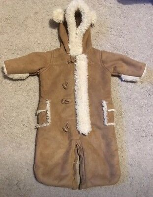 Baby GAP snowsuit 0-3 Months