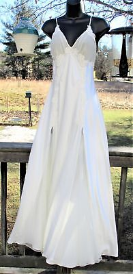 VICTORIAS SECRET Long White Satin Bridal NIGHTGOWN Negligee M Full Length GOWN