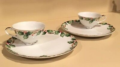 Set of 2 Lefton Holly Garland Snack Sets - Cups and Plates